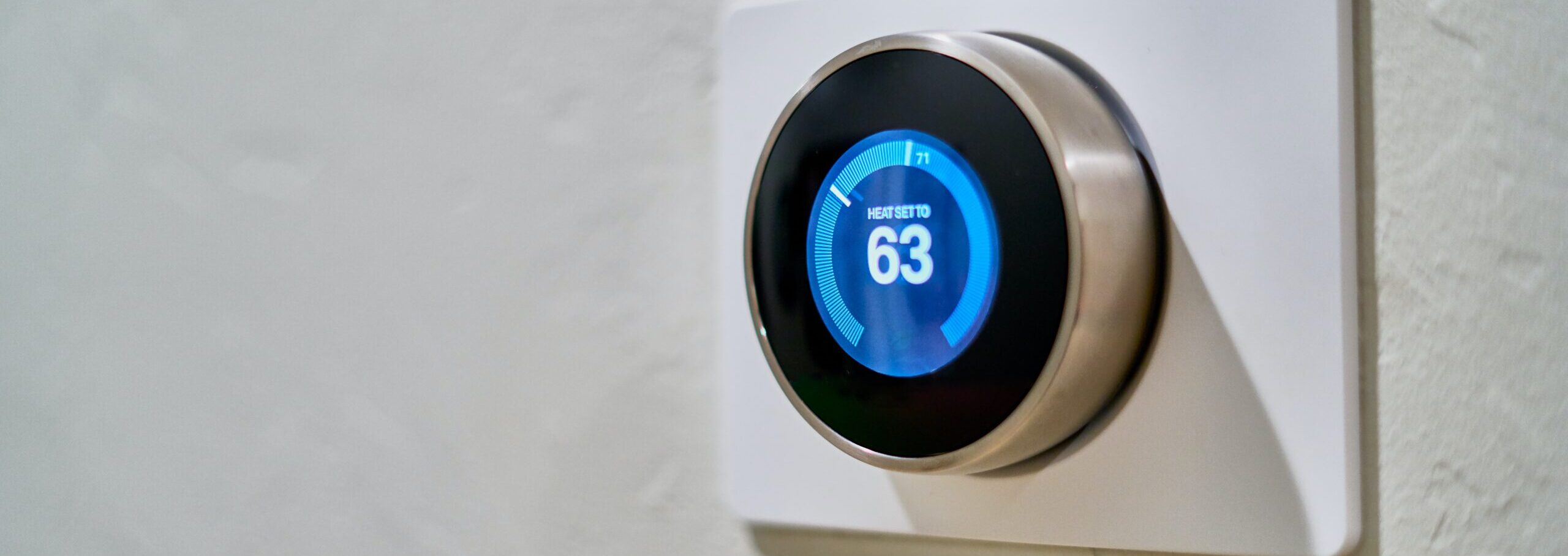 programmable thermostat smart home
